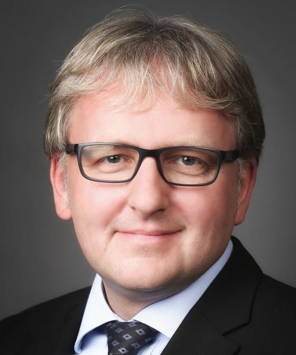Wirtschaftsprüfer und Steuerberater<br/> Olaf Oestreich