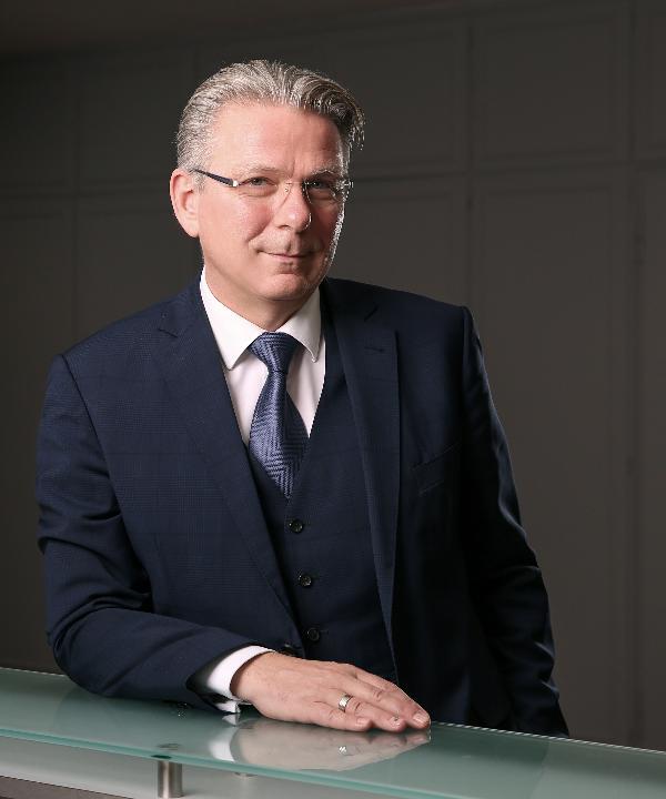 Rechtsanwalt<br/> Mike Schulien
