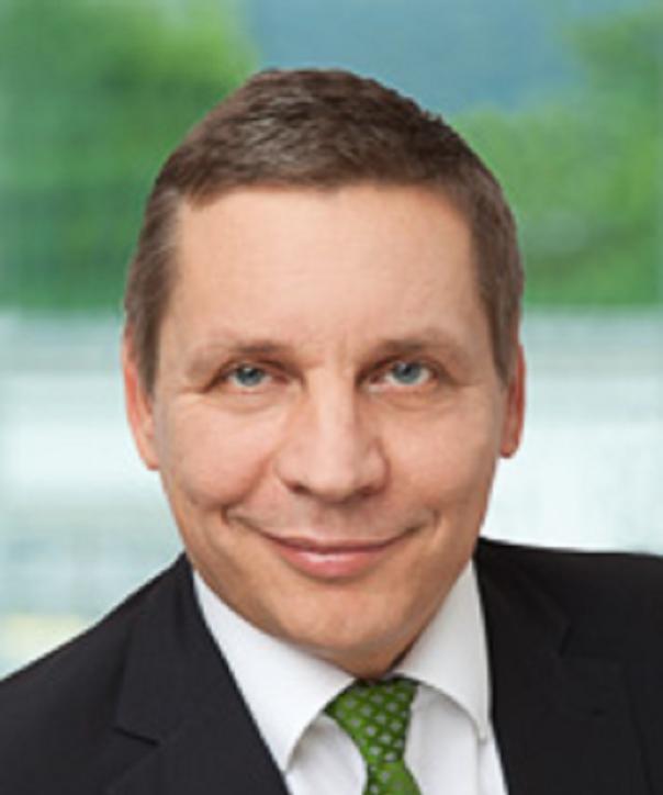 Rechtsanwalt<br/> Christof Betzer in Anstellung