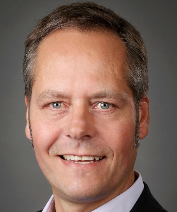 Steuerberater<br/> Martin Karp