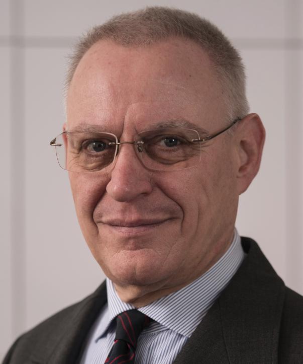 Rechtsanwalt<br/> Dr. Ulf Solheid