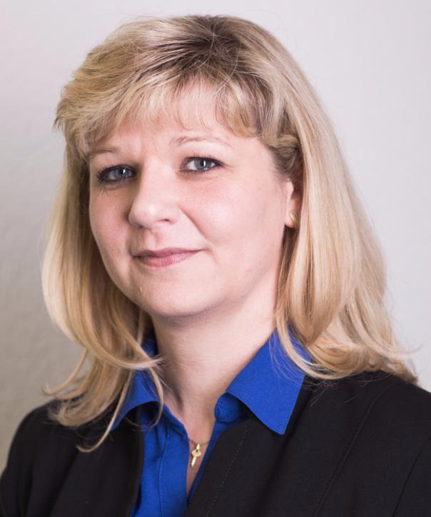 Rechtsanwältin<br/> Ladislava Grulichová in Anstellung
