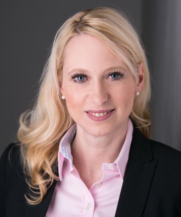 Rechtsanwältin<br/> Nathalie Mix