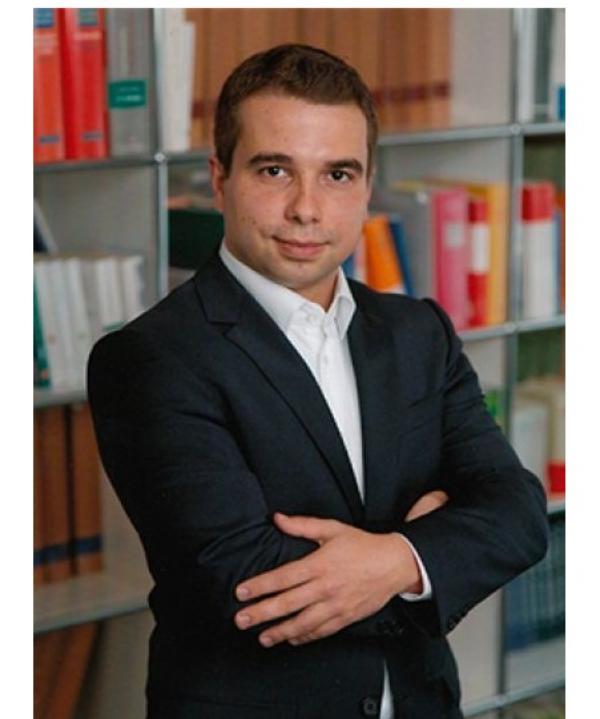 Rechtsanwalt und Mediator<br/> Andreas Kübler in freier Mitarbeit