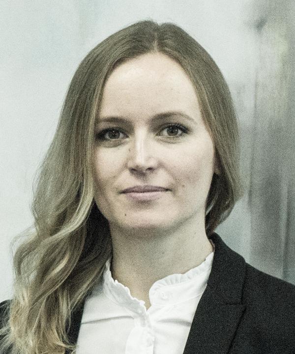 Rechtsanwältin<br/> Julia Sabarz