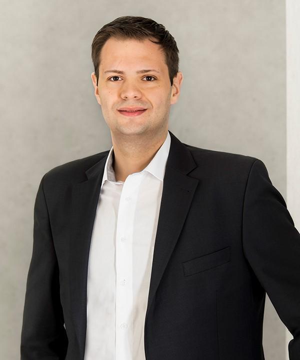 Rechtsanwalt<br/> Andy Weichler in Anstellung