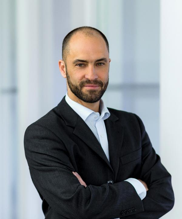 Rechtsanwalt<br/> Philipp  Stark