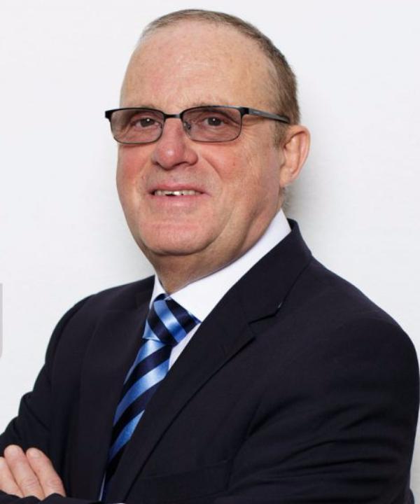 Rechtsanwalt<br/> Manfred J. Voigt