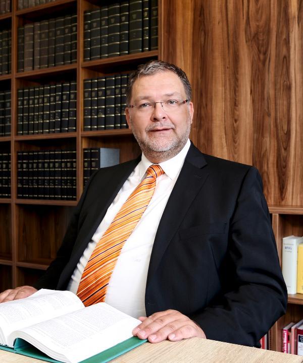 Rechtsanwalt und Steuerberater<br/> Michael Fechtler