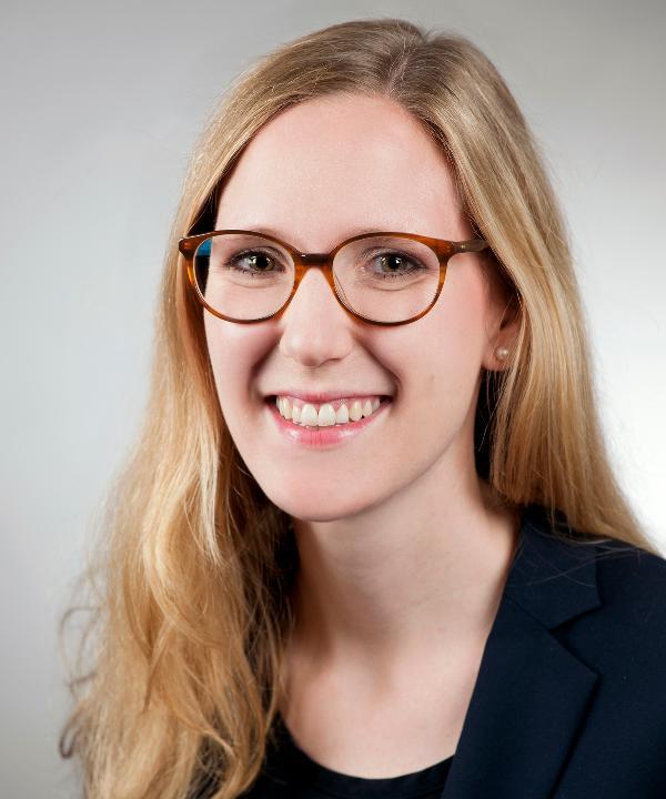 Rechtsanwältin<br/> Dr. Christiane Schölch