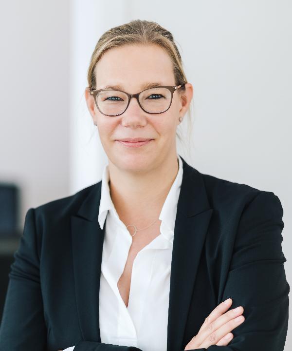 Rechtsanwältin, Steuerberaterin und Notarin<br/> Dorit Högemann