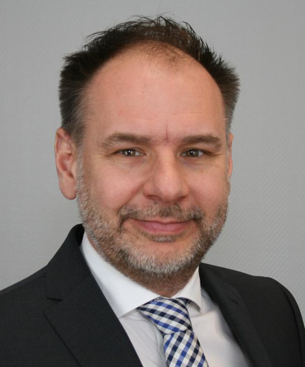 Rechtsanwalt und Mediator<br/> Sacha Leger