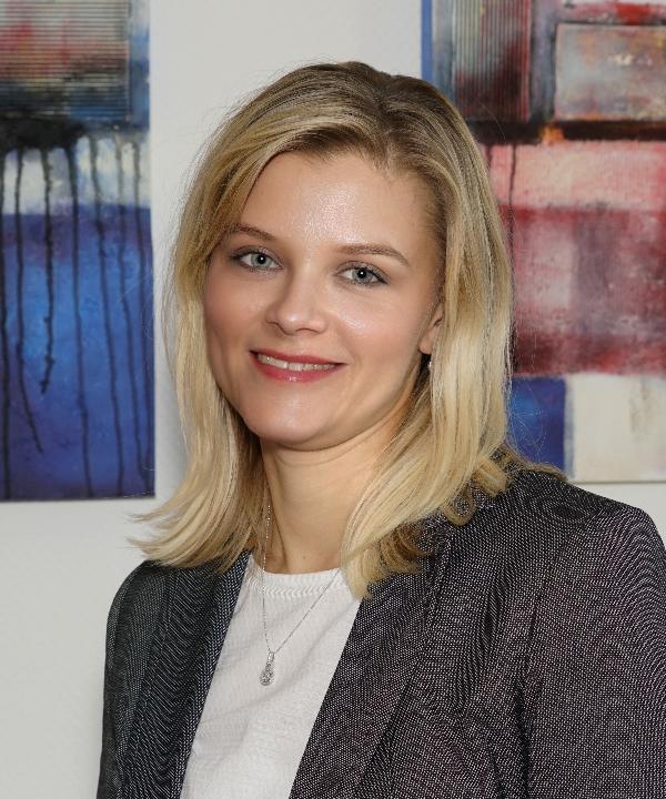 Rechtsanwältin<br/> Anna Pähler