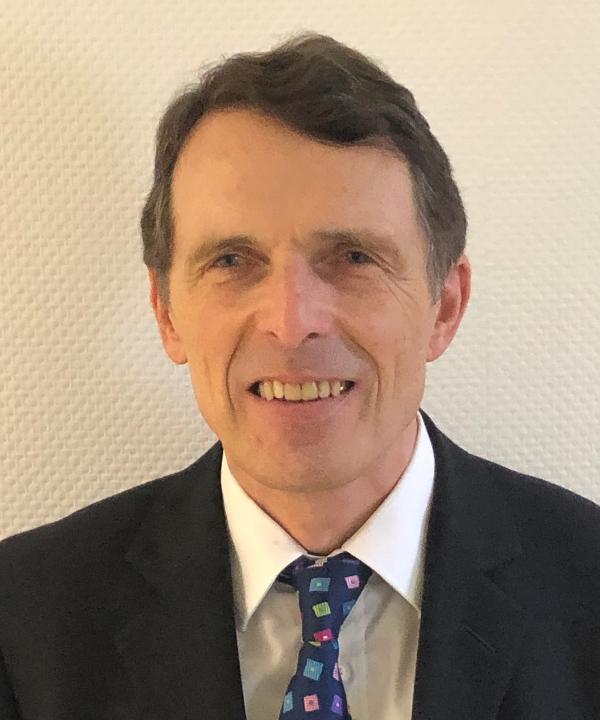 Rechtsanwalt und Notar<br/> Hartmut Böker