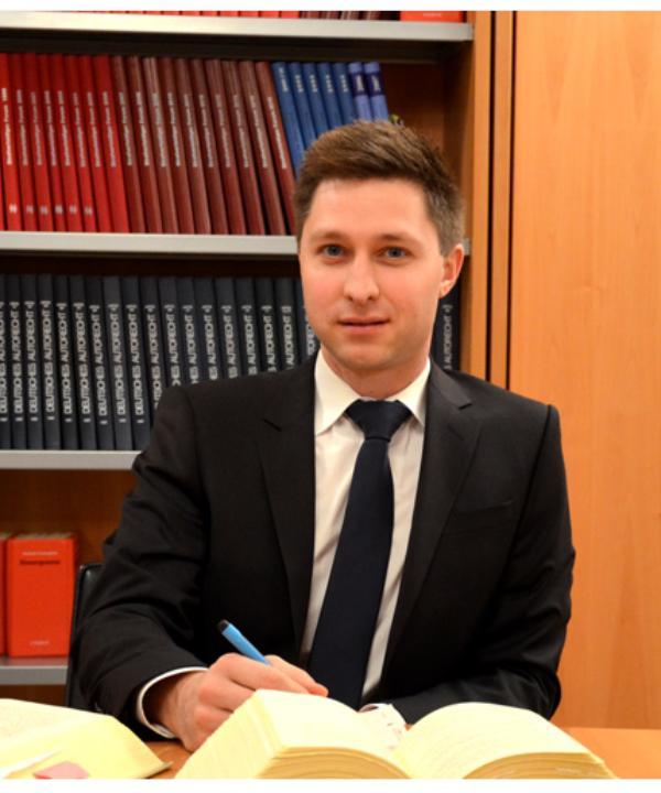 Rechtsanwalt<br/> Dr. jur. Severin Löffler