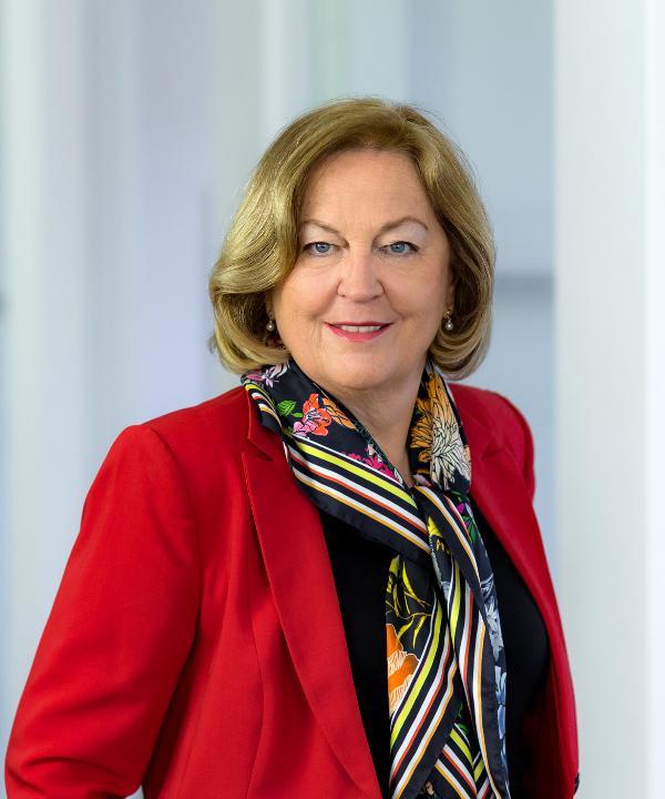 Rechtsanwältin und Mediatorin<br/> Dr. jur. Marie-Luise Klees-Wambach