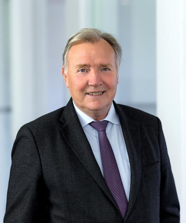 Rechtsanwalt<br/> Dr. jur. Hans Klees
