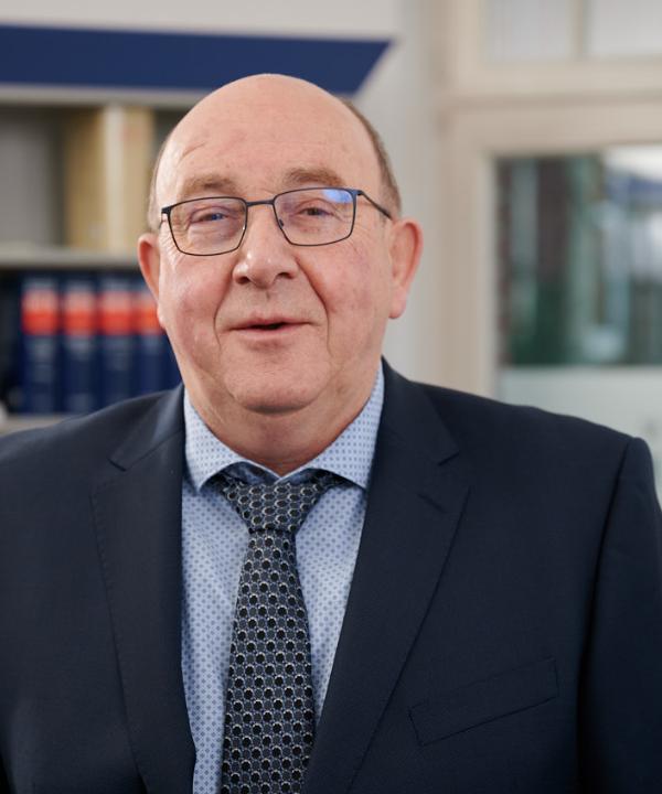Rechtsanwalt<br/> Klaus Verhoeven