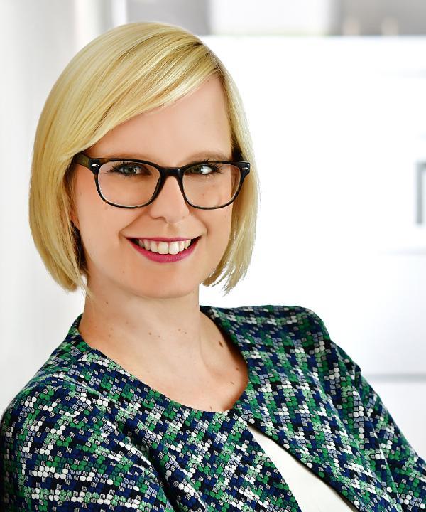 Rechtsanwältin<br/> Sarah-Kristin Krag