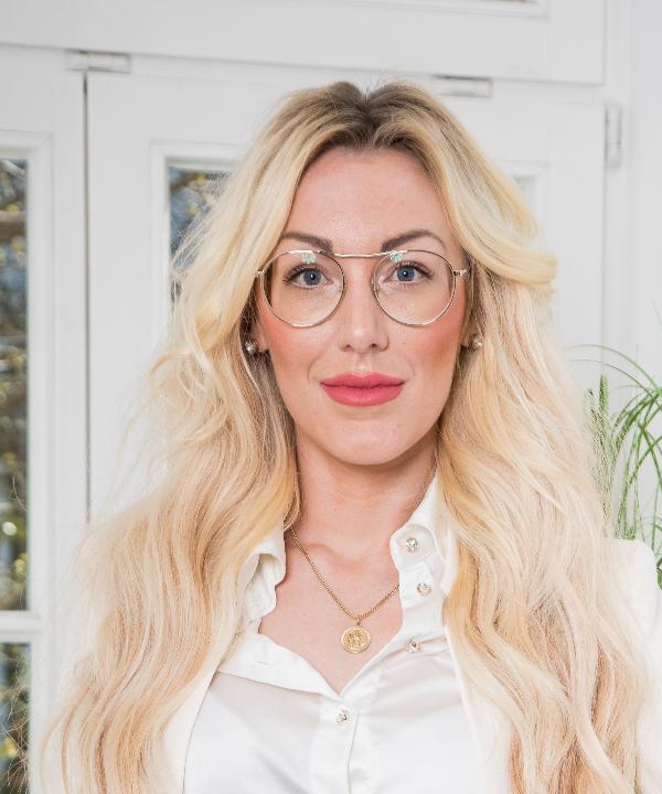 Rechtsanwältin<br/> Annikki Isabel Schweihofen