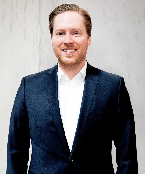 Steuerberater<br/> Philipp Kroll