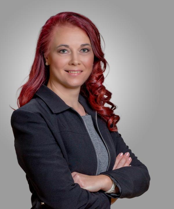 Rechtsanwältin<br/> Sophie Viertel in Anstellung