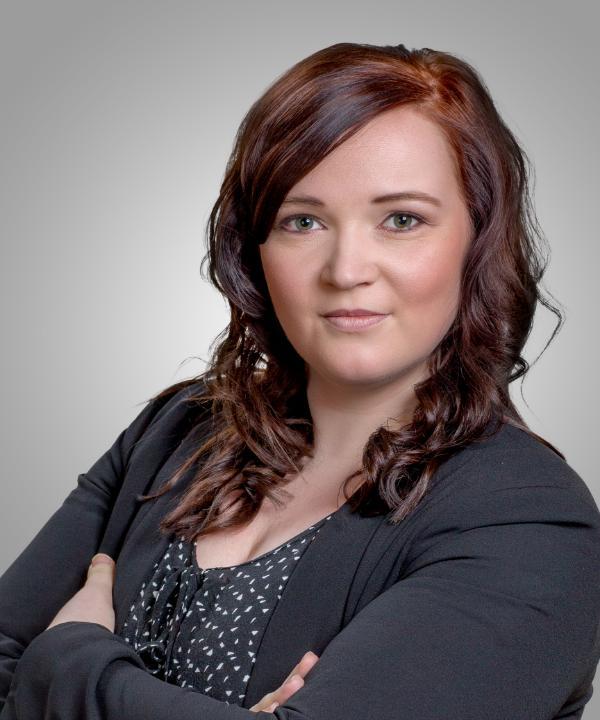 Rechtsanwältin<br/> Ulrike Schmid in Anstellung