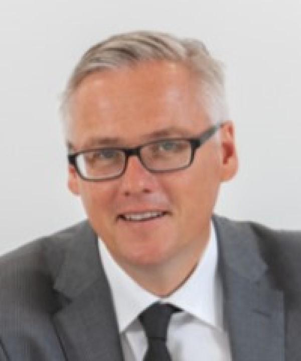 Rechtsanwalt und Notar<br/> Axel Wöhler