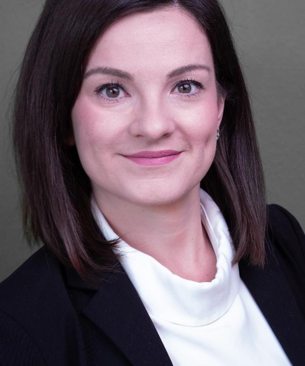Rechtsanwältin<br/> Stefanie Erlbeck