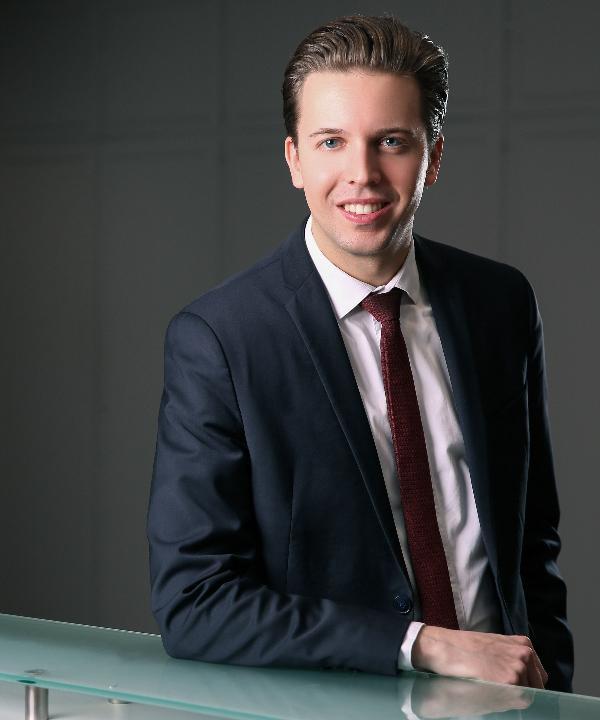 Rechtsanwalt<br/> Lennart, C.  Gundelbacher