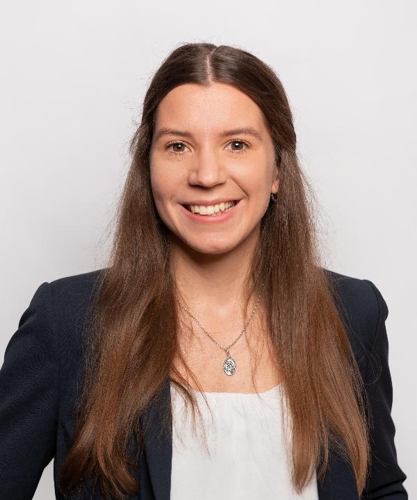 Rechtsanwältin<br/> Gloria Hartmann