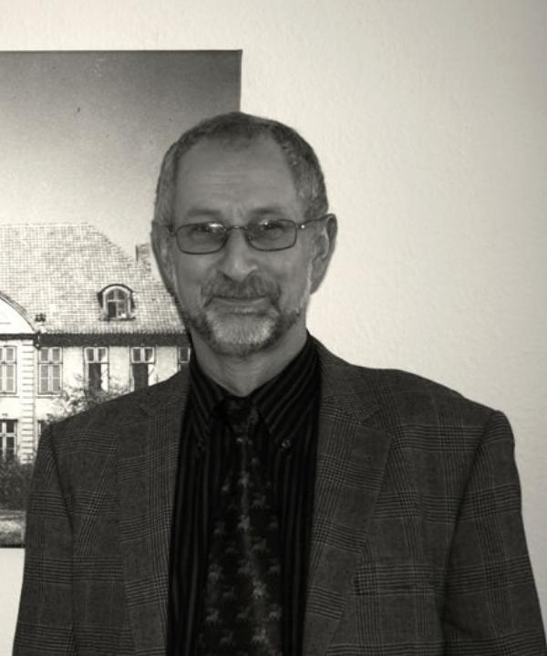Rechtsanwalt und Notar<br/> Rüdiger Kuss