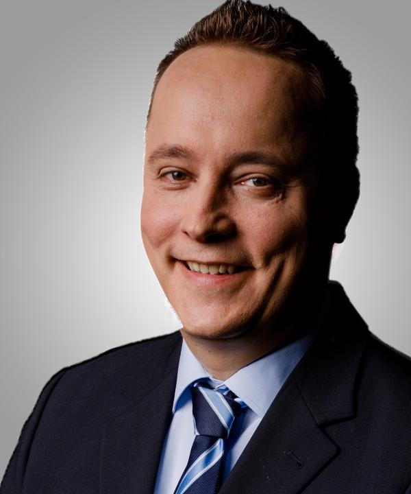 Rechtsanwalt<br/> Nils A. Schindler in freier Mitarbeit