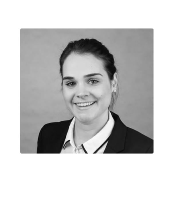 Rechtsanwältin<br/> Jennifer Minge