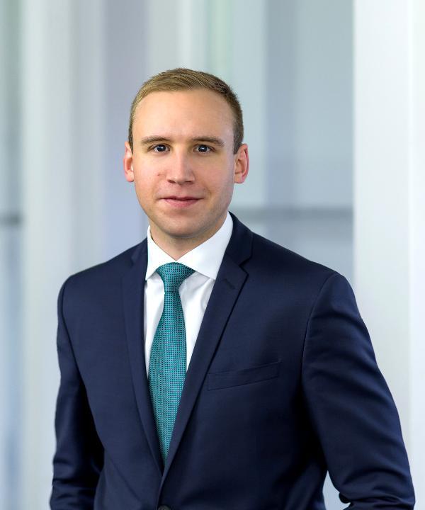 Rechtsanwalt<br/> Maximilian Schiessel