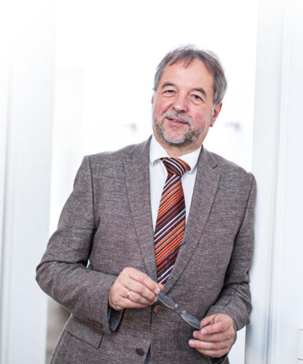 Rechtsanwalt und Notar<br/> Dietmar Janzen