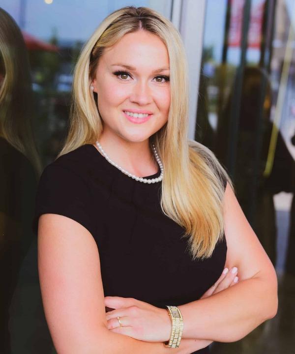 Rechtsanwältin<br/> Leonie Brückner