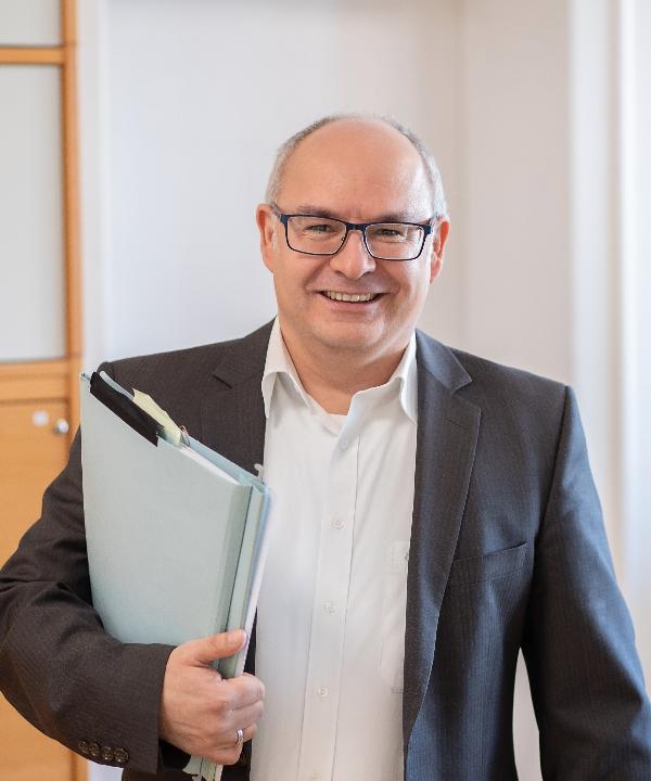 Rechtsanwalt<br/> Claus Fahrig