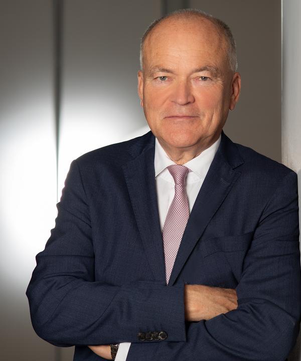 Rechtsanwalt<br/> Norbert Bierbach