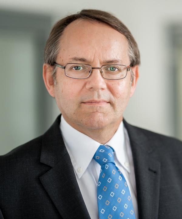 Rechtsanwalt<br/> Dr. Ulrich Jellentrup in Anstellung